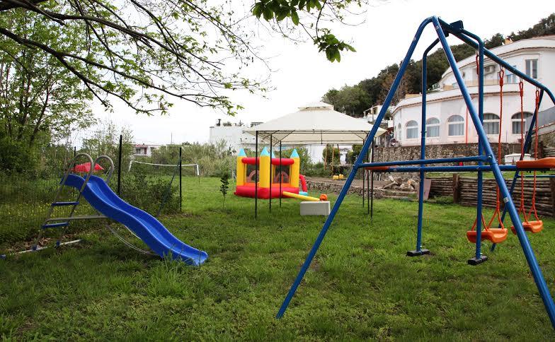 Albergo Bristol (Lacco A.) - Giochi per Bambini